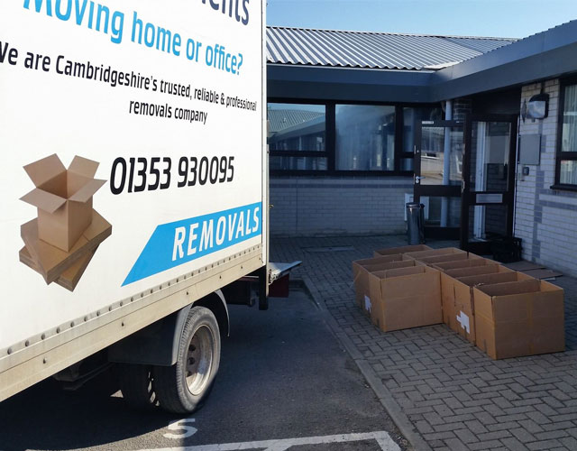 Courier Services Cambridgeshire